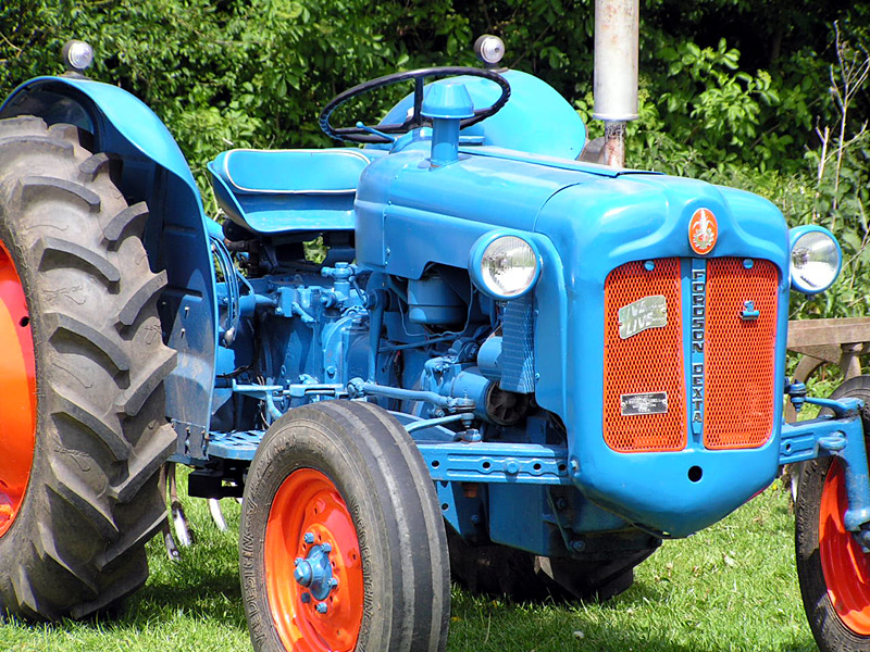 Ford Dexta Tractor : Tractors farming steam things model engines and machines